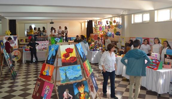75. Yıl Ortaokulu'nun sergisi açıldı