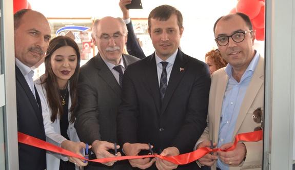 Eczane Pınar Aydın hizmete açıldı