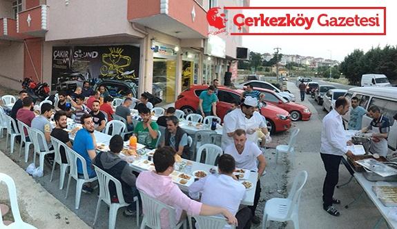 Çakır Sound'tan iftar yemeği