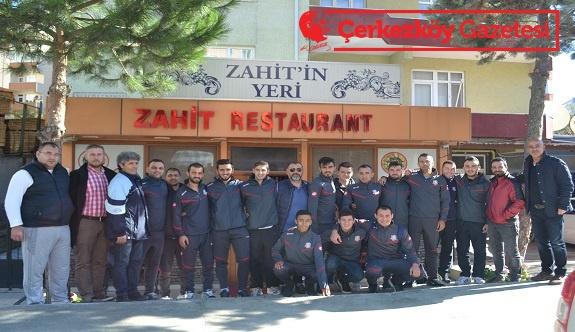 Zahit Restaurant Fevzipaşa Spor'u ağırladı