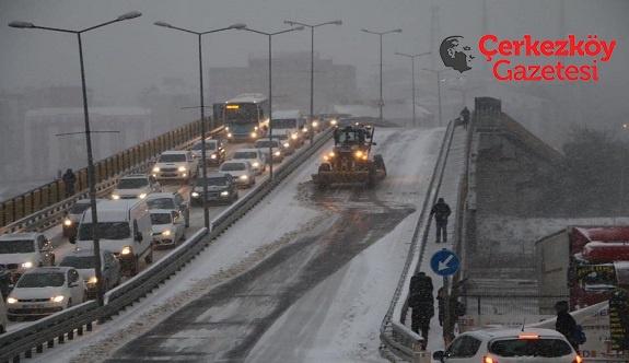 Çerkezköy'ün karla imtihanı