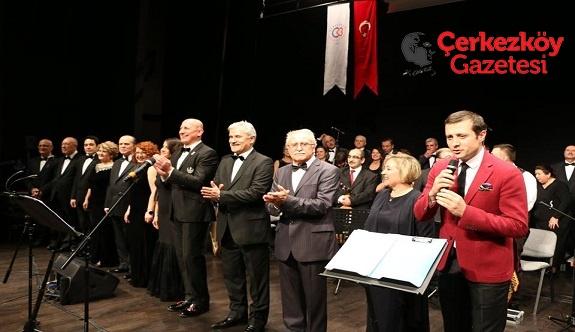Türk Müziği Korosu sahne aldı