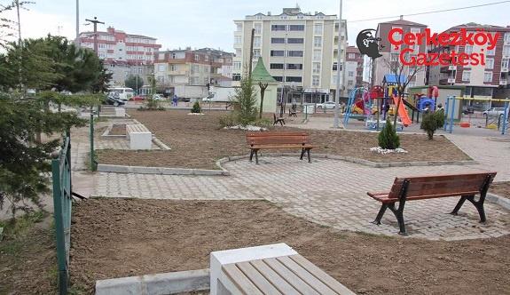Park onarım çalışmaları sürüyor