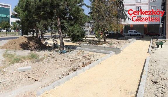 Halimoğlu Sokak'a yeni park