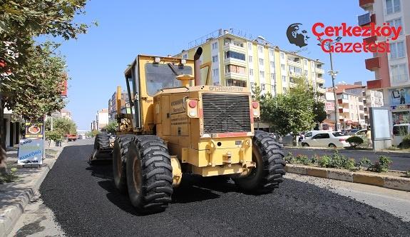 Yol bakım-onarım ve yenileme çalışmaları sürüyor