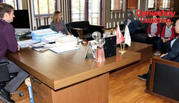 Başkan Akay, öğrencilerin taleplerini dinledi