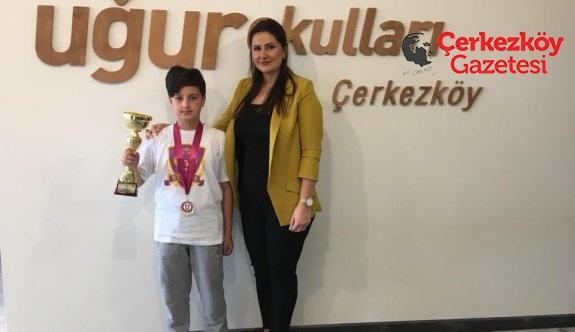Şampiyon Uğur Okulları'ndan