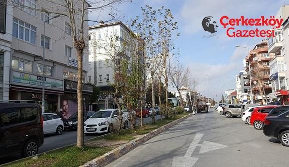 Atatürk Caddesi'nde dönüşüm başladı