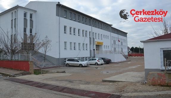 Okulun kapısı KAYBOLDU