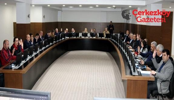 AKP'lilerden Kızılay ve THK'ye ret