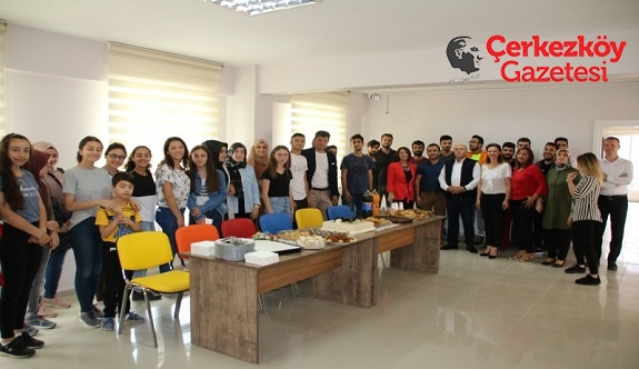 YKS'ye girecek öğrencilere başarılar diledi