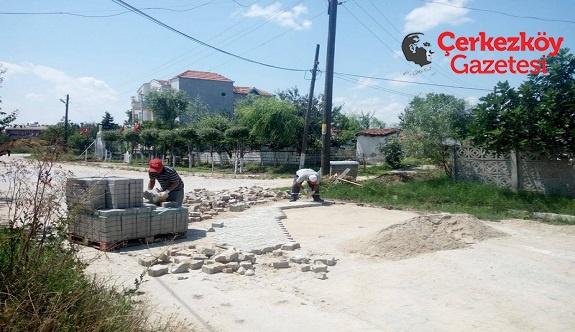 Karlı Mahallesi'nin yolları yenileniyor