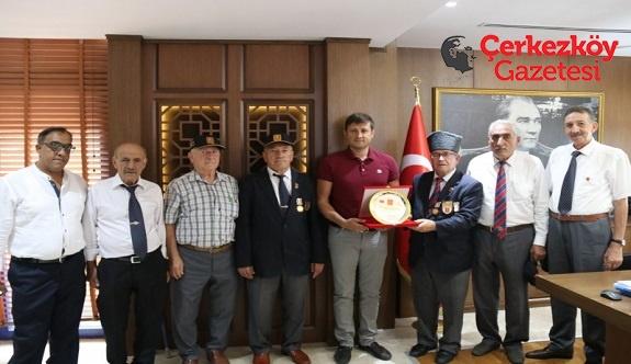 Gaziler Başkan Akay'a teşekkür etti