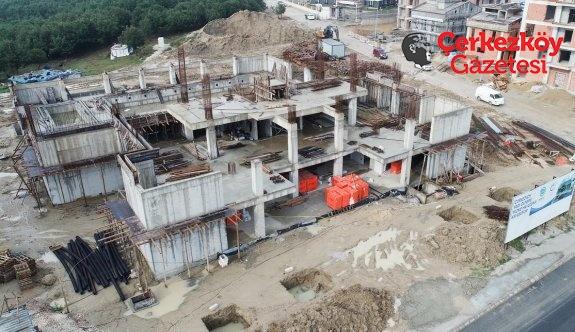 Havuzun inşaatı devam ediyor 