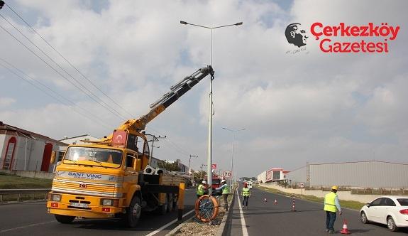 ÇOSB sokak aydınlatmalarında %50 tasarruf sağlıyor 