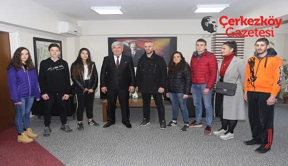 Değirmenci Spor Kulübü'nden Mandalı'ya ziyaret 