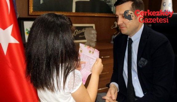 Liva Nur'un mektubu Akay'ı duygulandırdı