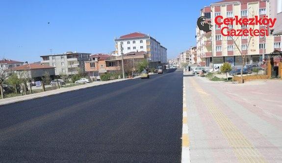 İki caddede asfalt çalışması sona erdi