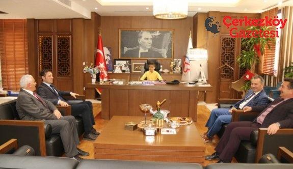 Minik Başkan Akay'ın koltuğunda
