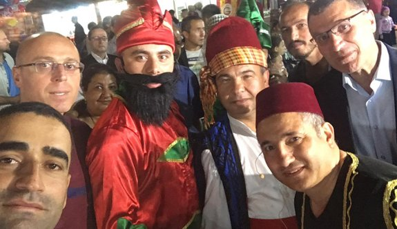Ramazan eğlencesi Hacivat-Karagöz