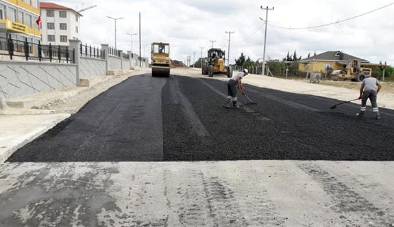 Ambardere'de okul yolları asfaltlanıyor