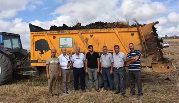 Büyükşehir'in çiftçilere sunduğu destek devam ediyor