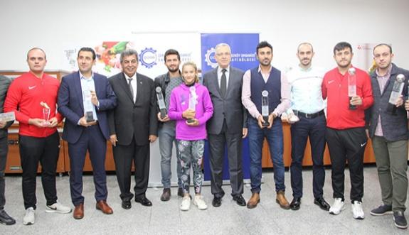 ÇOSB Turnuvalarının kupa ve ödül töreni gerçekleşti
