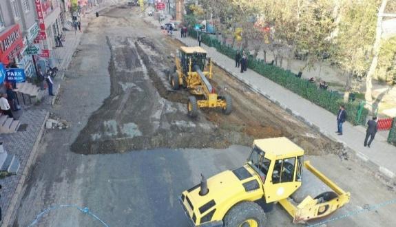 Pınar Bulvarın'da Beton Yol Çalışmaları Başladı