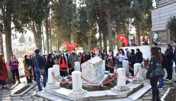 Vefatının 131. Yılında Namık Kemal Mezarı Başında Anıldı