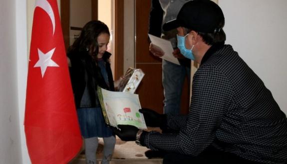 23 Nisan şiir yarışması ödülleri verildi