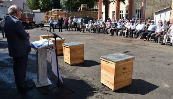 Çerkezköy'de 234 Adet Kovan Dağıtımı Gerçekleştirdi