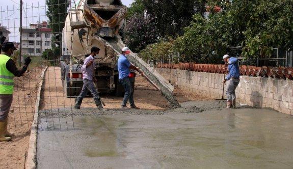 Çerkezköy'de yol ve kaldırım çalışmaları devam ediyor