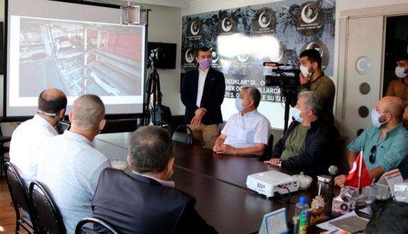 Ak Parti ve MHP'yi ziyaret etti projeleri anlattı