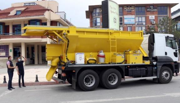 Çerkezköy Belediyesi'ne asfalt tamir robotu