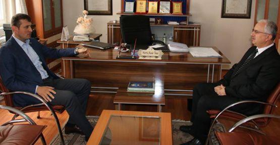 Başkan Akay İlçe Müftüsünü ziyaret etti