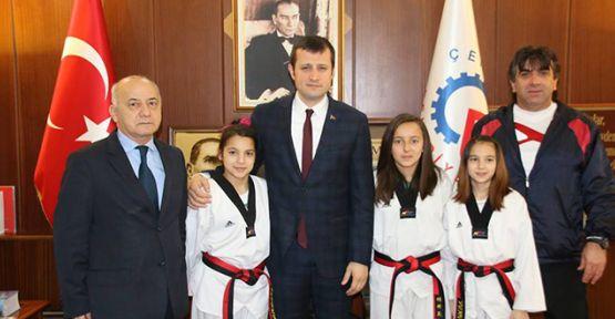 Ege'yi Taekwondo ile salladılar