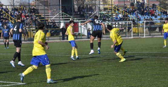 Gençler erteleme maçını 4-0 kazandı