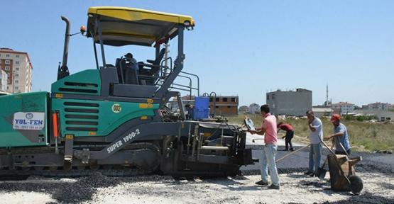Kapaklı'da asfalt çalışmaları devam ediyor