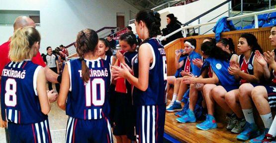 Şampiyona'ya Çerkezköy'den 9 basketbolcu