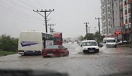 Sağanak yağmur Çerkezköy'ü...