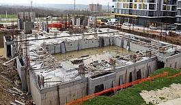 Havuzun inşaatı hızla yükseliyor