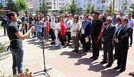 Türkan Saylan anıtı önünde anıldı