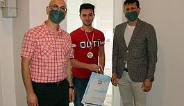 Online turnuvanın ödülleri verildi