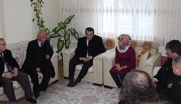 Kaymakam Abban şehit ailesini ziyaret etti