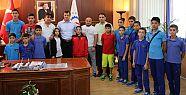 Sporculardan Başkan Akay'a ziyaret