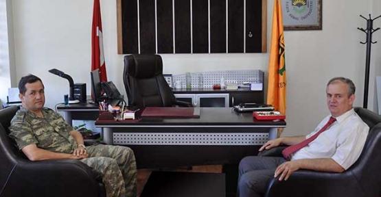 Tuğgeneral Ozan'dan Yüksek Okula ziyaret
