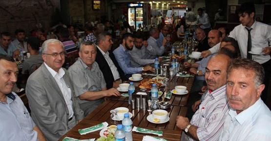 Türk Diyanet Vakıf Sen  iftarda Gazze'yi unutmadı