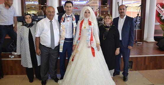 Ülkü Nur-Taşkın çiftinin mutlu günü