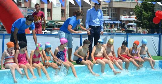 Yaz Okulu Yüzme Kursu başladı
