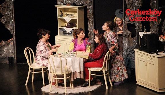 ÇOSB'nin tiyatro etkinlikleri devam ediyor